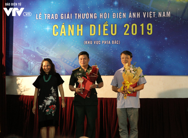 Nhìn lại những hình ảnh đáng nhớ tại lễ trao giải Cánh diều 2019 - Ảnh 4.