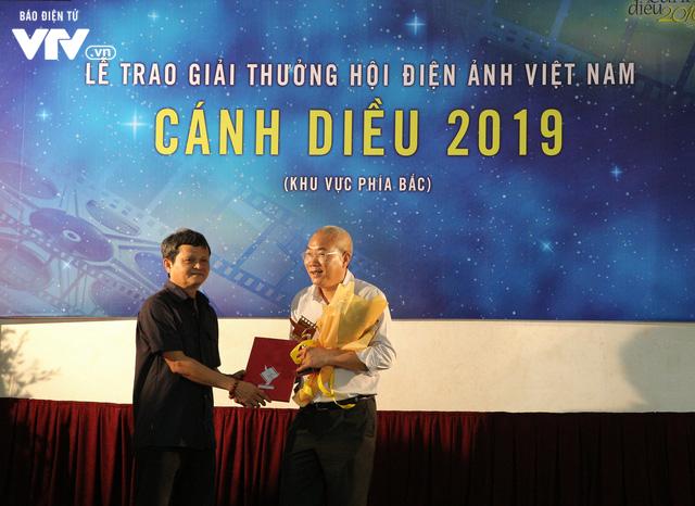 Nhìn lại những hình ảnh đáng nhớ tại lễ trao giải Cánh diều 2019 - Ảnh 16.