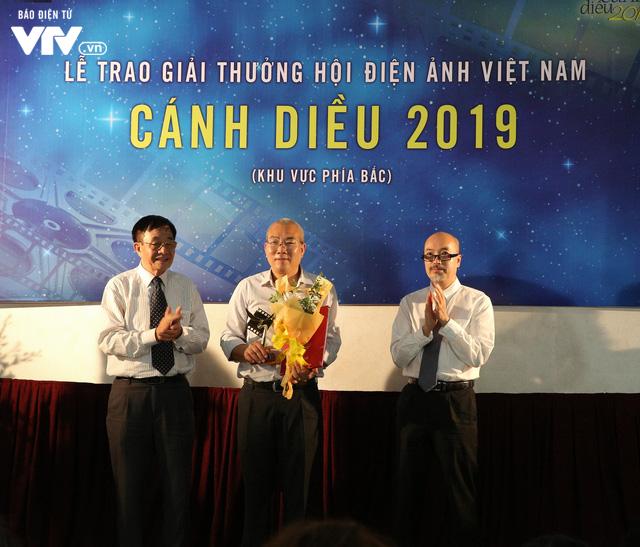 Nhìn lại những hình ảnh đáng nhớ tại lễ trao giải Cánh diều 2019 - Ảnh 17.