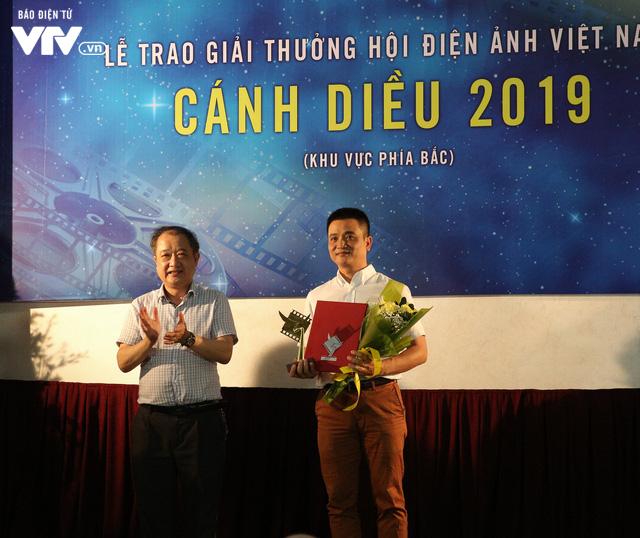 Nhìn lại những hình ảnh đáng nhớ tại lễ trao giải Cánh diều 2019 - Ảnh 18.
