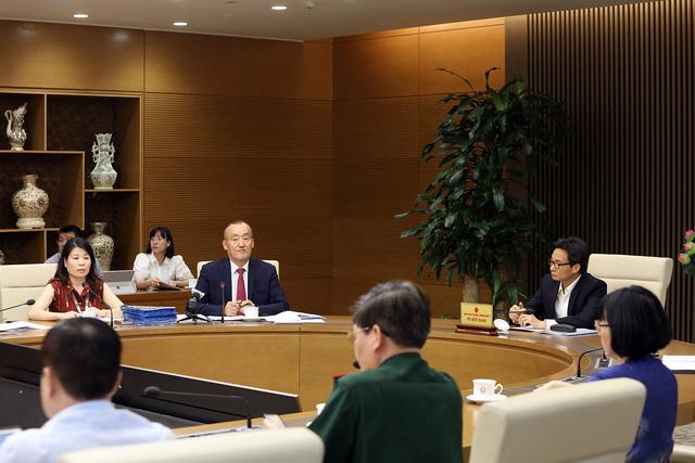 Trưởng đại diện WHO tại Việt Nam: BN251 khỏi       COVID-19, tử vong do xơ gan là chính xác - Ảnh 1.