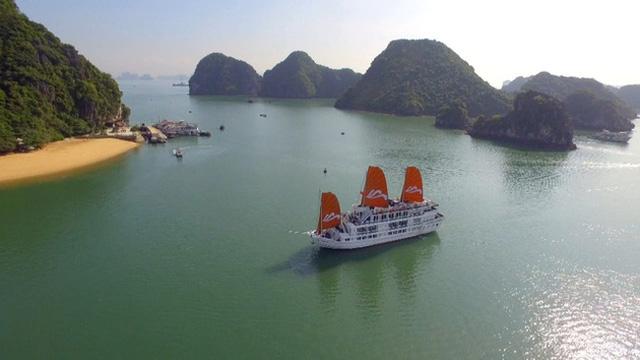 Miễn phí tham quan vịnh Hạ Long từ ngày 15/5 - Ảnh 1.