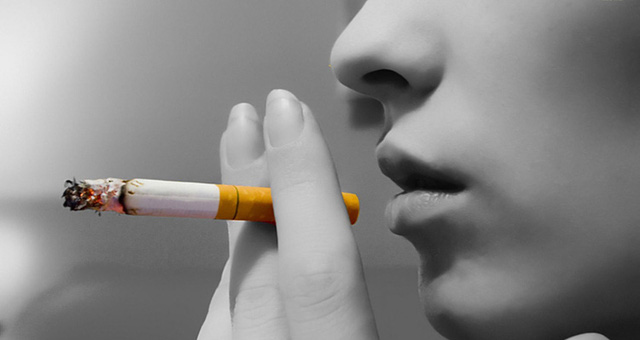 Tác hại của thuốc lá tới sức khỏe sinh sản của phụ nữ - Ảnh 1.