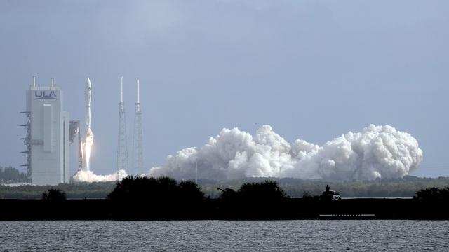 Mỹ phóng thành công thiết bị bay không người lái vào quỹ đạo - Ảnh 2.