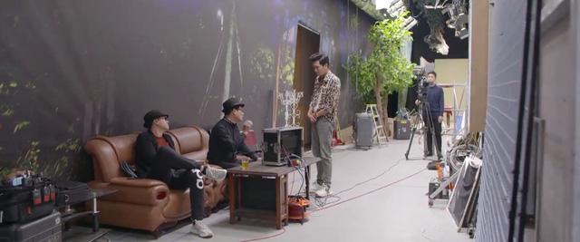 Những lần đạo diễn Khải Anh lướt qua màn hình phim Nhà trọ Balanha - Ảnh 6.