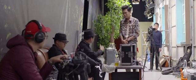 Những lần đạo diễn Khải Anh lướt qua màn hình phim Nhà trọ Balanha - Ảnh 7.