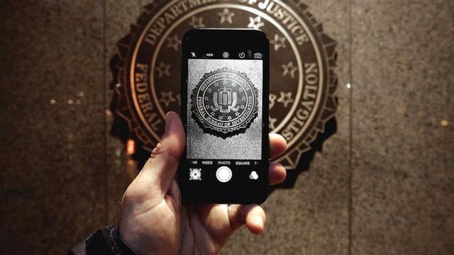FBI đã tự mở khóa thành công iPhone của kẻ xả súng mà không cần đến Apple - Ảnh 1.