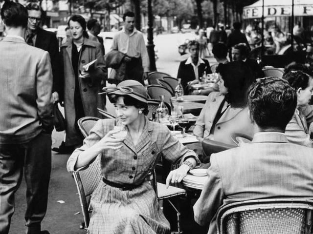 Paris thời xưa cũ: Lãng mạn và yên bình - Ảnh 7.