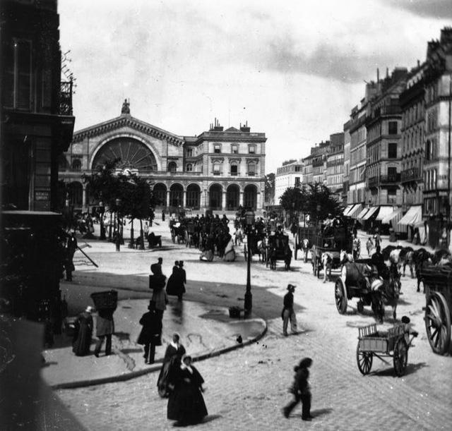 Paris thời xưa cũ: Lãng mạn và yên bình - Ảnh 1.