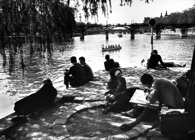 Paris thời xưa cũ: Lãng mạn và yên bình - Ảnh 2.