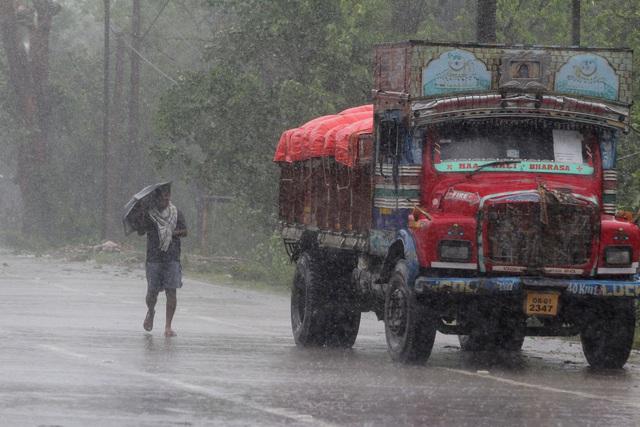 Siêu bão Amphan tàn phá Ấn Độ và Bangladesh, ít nhất 20 người thiệt mạng - Ảnh 5.