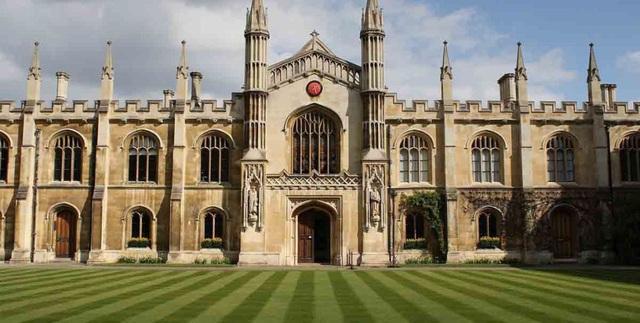 Vì COVID-19, Đại học Cambridge sẽ dạy trực tuyến đến Hè 2021 - Ảnh 1.