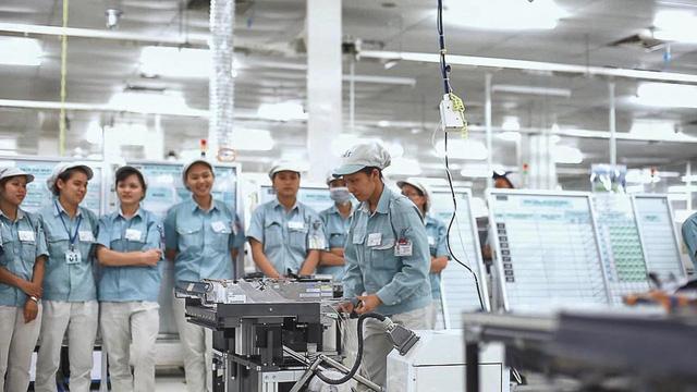 Việt Nam đón sóng chuyển dịch nhà máy hậu COVID-19 - ảnh 1