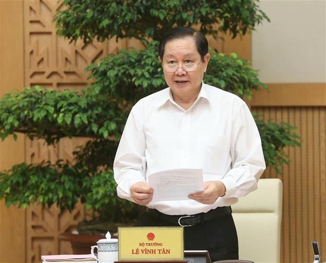 Bộ trưởng Bộ Nội vụ: Lộ trình tăng lương năm 2021 có thể chậm lại - Ảnh 1.