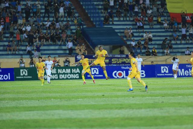 ẢNH: DNH Nam Định thắng thuyết phục, loại Hoàng Anh Gia Lai khỏi Cúp Quốc gia 2020 - Ảnh 15.