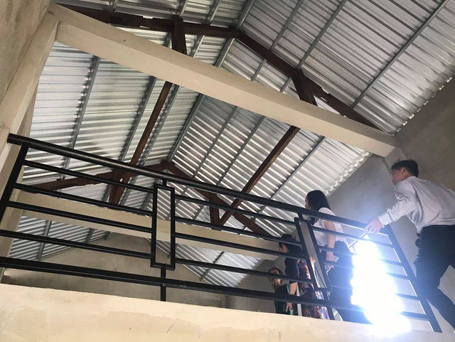 Quỹ Tấm lòng Việt bàn giao nhà chống bão lũ, tặng học bổng tại Thừa Thiên Huế - Ảnh 6.