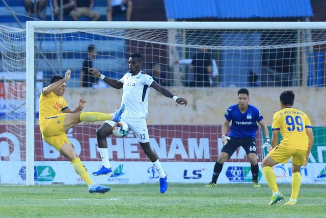 ẢNH: DNH Nam Định thắng thuyết phục, loại Hoàng Anh Gia Lai khỏi Cúp Quốc gia 2020 - Ảnh 13.