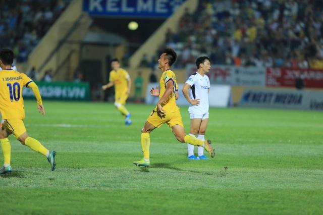 ẢNH: DNH Nam Định thắng thuyết phục, loại Hoàng Anh Gia Lai khỏi Cúp Quốc gia 2020 - Ảnh 16.