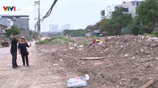 Đã đổ trộm rác bừa bãi giữa Hà Nội còn mắng lại người nhắc nhở - Ảnh 3.