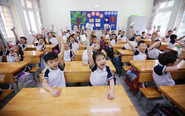 Hơn 91% trẻ em mầm non, tiểu học Hà Nội được uống sữa học đường mỗi ngày - Ảnh 5.
