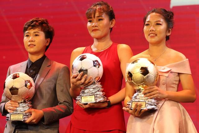 Vượt qua Quang Hải, Hùng Dũng giành Quả bóng vàng Việt Nam 2019 - Ảnh 3.