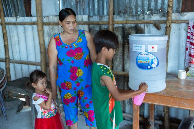 UNICEF cứu trợ phòng chống COVID-19 cho hơn 340.000 người tại Việt Nam - Ảnh 3.