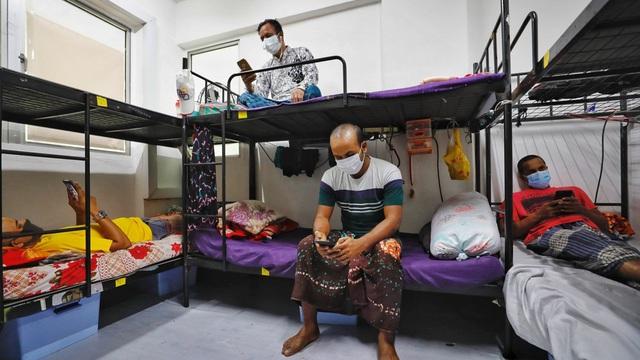 Lao động nhập cư - Ổ dịch COVID-19 tại Singapore - Ảnh 2.