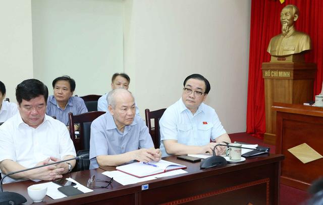 Ghi nhận những ý kiến đóng góp hoàn thiện dự thảo văn kiện trình Đại hội XIII của Đảng - Ảnh 2.