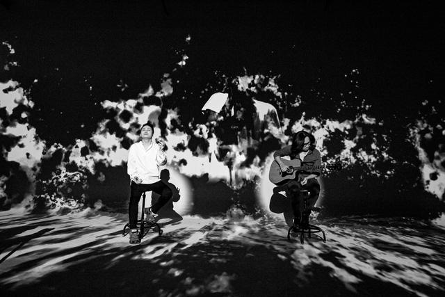 Tùng Dương bất ngờ hòa giọng với Trần Lập trong MV Cơn mưa tháng 5 - ảnh 1