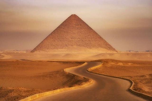 Những sự thật bất ngờ về Kim tự tháp lớn nhất thế giới - ảnh 1