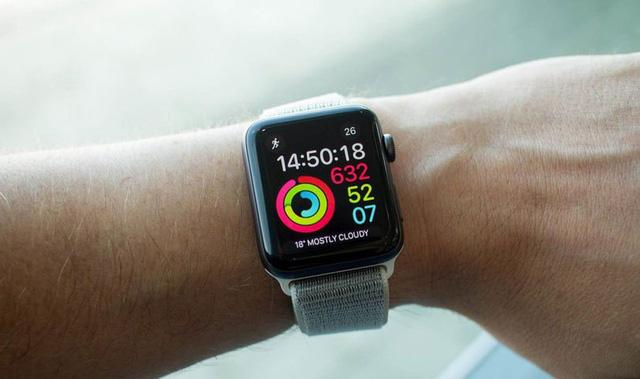Apple Watch giúp bệnh nhân phát hiện sớm bệnh về tim mạch - Ảnh 1.