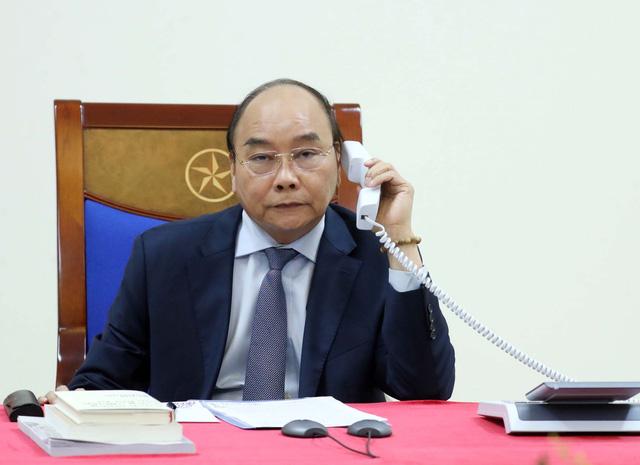 Điện đàm với Thủ tướng Nguyễn Xuân Phúc, Tổng thống Donald Trump đánh giá cao năng lực ứng phó dịch COVID-19 của Việt Nam - Ảnh 1.