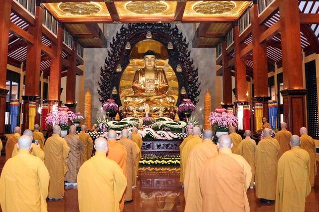 Giáo hội Phật giáo Việt Nam Thành phố Hồ Chí Minh tổ chức Đại lễ Phật đản 2020 Phật lịch 2564 - Ảnh 1.