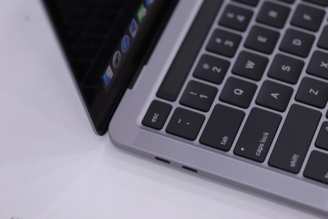Macbook Pro 13 inch 2020 đầu tiên về Việt Nam giá 41,8 triệu - Ảnh 5.