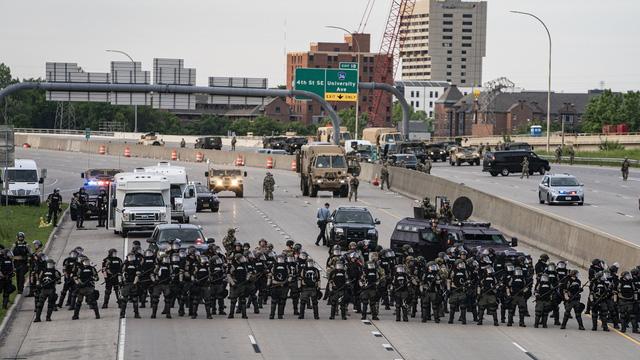 Tổng thống Mỹ: Phong trào cực tả Antifa là tổ chức khủng bố - Ảnh 2.