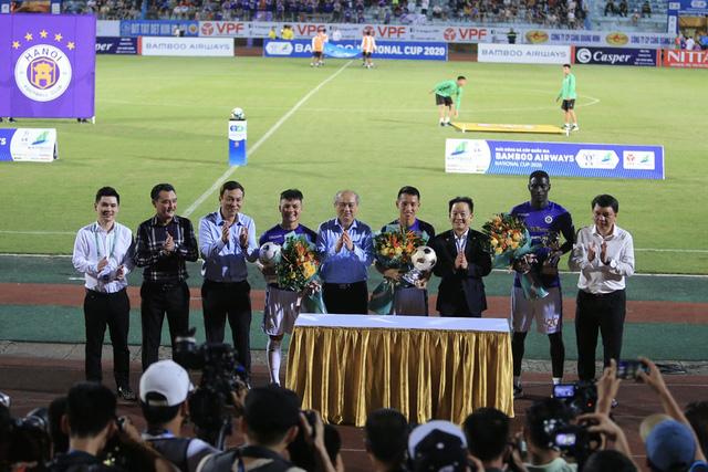 ẢNH: Quả bóng vàng 2019 Hùng Dũng góp mặt, CLB Hà Nội vượt qua Đồng Tháp tại Cúp Quốc gia 2020 - Ảnh 1.