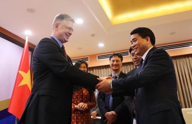 Đại sứ Mỹ ca ngợi TP Hà Nội và Việt Nam đã chủ động, minh bạch chống dịch COVID-19 thành công - Ảnh 1.