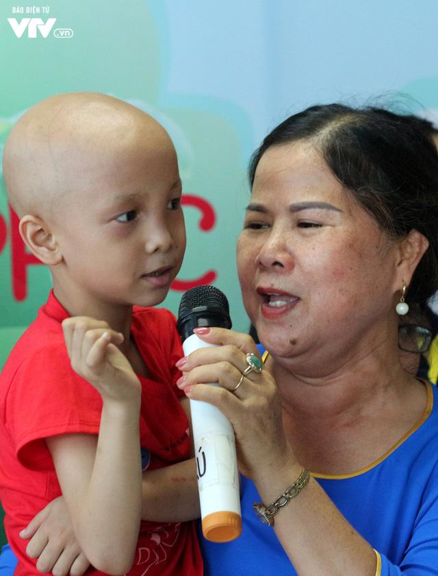 Khai giảng Lớp học hạnh phúc dành cho bệnh nhi ung thư - Ảnh 4.