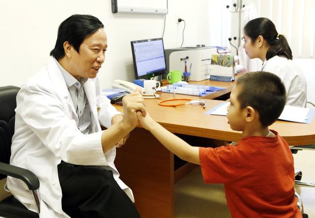 Hiệu quả ban đầu khi trẻ tự kỷ được ghép tế bào gốc - Ảnh 1.