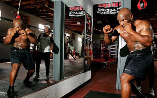 Mike Tyson quyết định trở lại với quyền Anh - Ảnh 1.