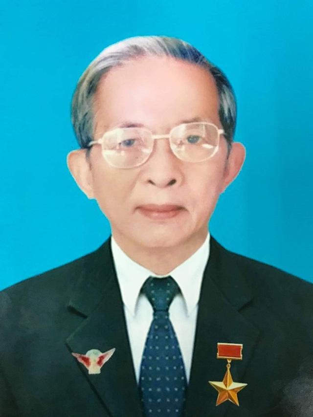 Lễ tang nhà tình báo Mười Hương tổ chức theo nghi thức cấp Nhà nước - Ảnh 1.