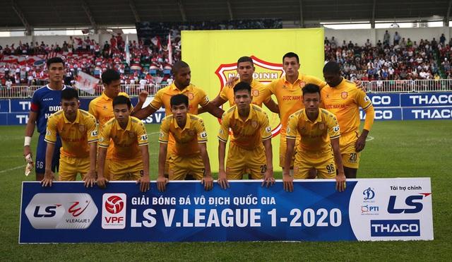 ẢNH: Hoàng Anh Gia Lai thắng tối thiểu DNH Nam Định (Vòng 4 V.League 2020) - Ảnh 2.