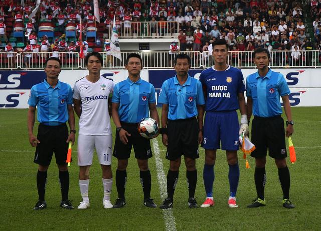 ẢNH: Hoàng Anh Gia Lai thắng tối thiểu DNH Nam Định (Vòng 4 V.League 2020) - Ảnh 5.