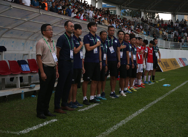 ẢNH: Hoàng Anh Gia Lai thắng tối thiểu DNH Nam Định (Vòng 4 V.League 2020) - Ảnh 4.
