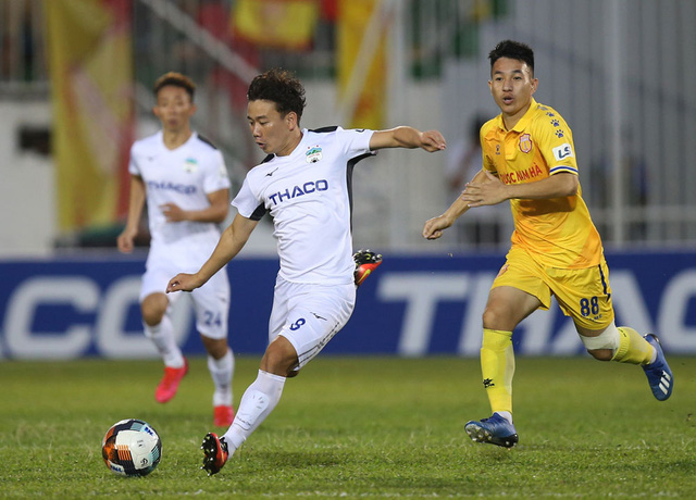 ẢNH: Hoàng Anh Gia Lai thắng tối thiểu DNH Nam Định (Vòng 4 V.League 2020) - Ảnh 10.