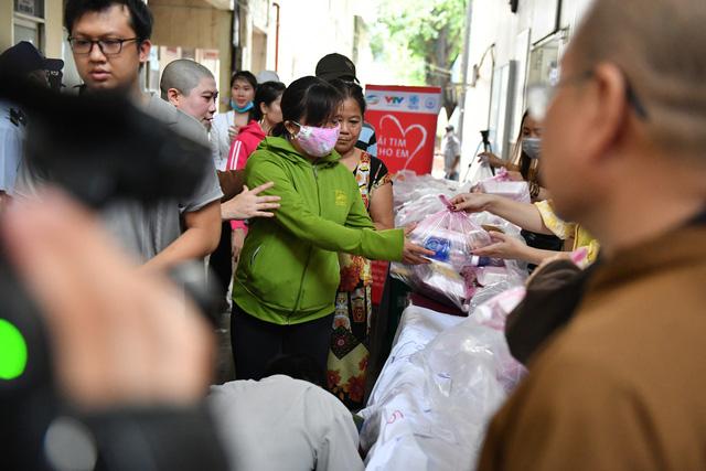 Gần 1.000 trẻ em được khám tầm soát tim bẩm sinh tại Kiên Giang - Ảnh 7.