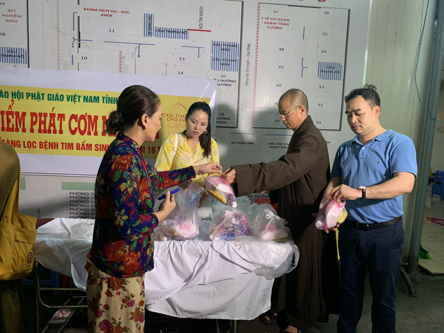 Gần 1.000 trẻ em được khám tầm soát tim bẩm sinh tại Kiên Giang - Ảnh 8.