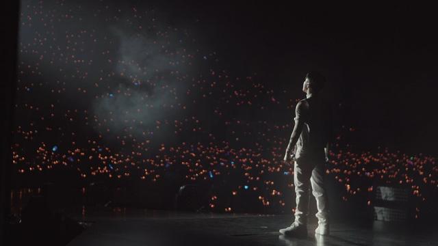 Phim mới của Sơn Tùng M-TP xác lập kỷ lục doanh thu cho dòng phim tài liệu âm nhạc - Ảnh 3.