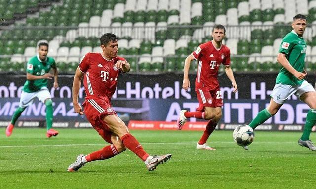 Bayern Munich lần thứ 8 liên tiếp vô địch Bundesliga - Ảnh 2.