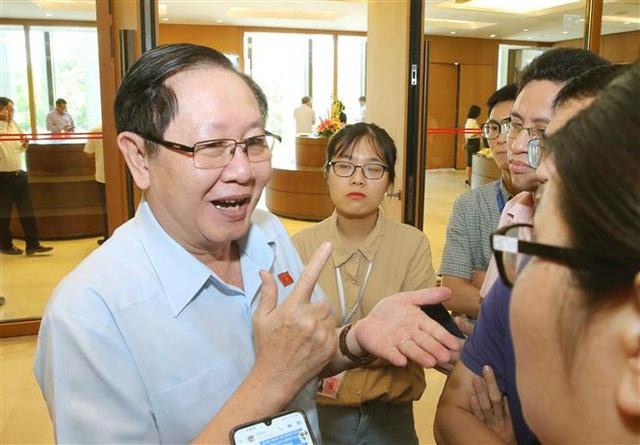 Bộ Nội vụ sẽ làm rõ việc Phó Chủ tịch tỉnh Thái Bình thăng tiến thần tốc - ảnh 1